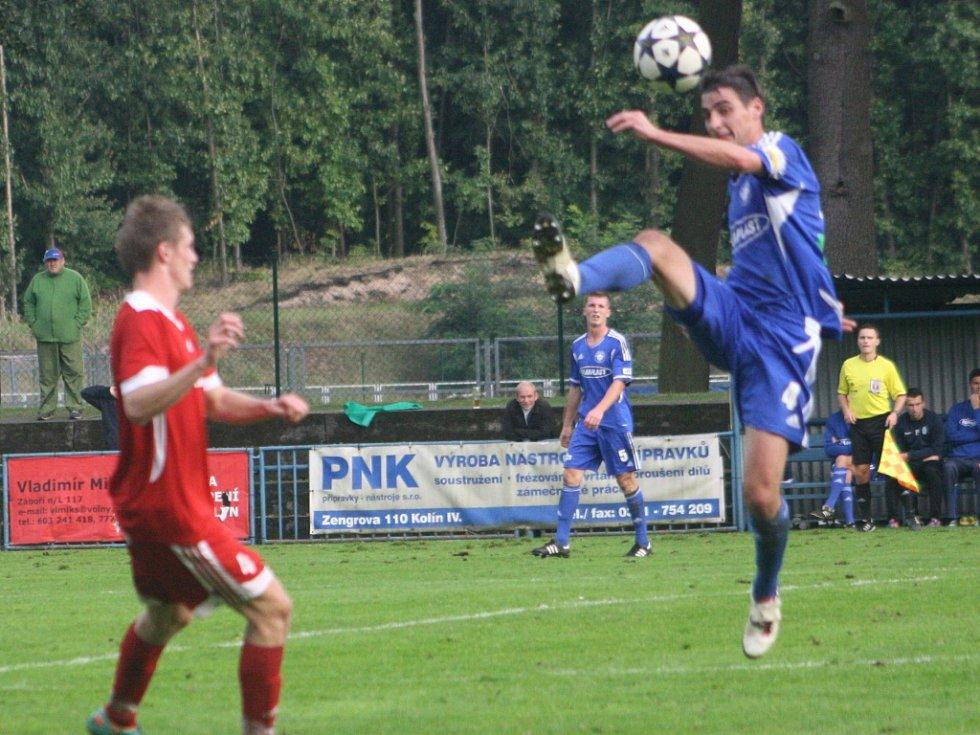 Z utkání Kolín - Převýšov (0:1).