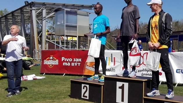 Nejlepší běžci 61. ročníku půlmaratónu Kolín - Velký Osek - Kolín.