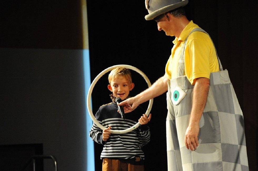 Michal Nesvadba bavil děti