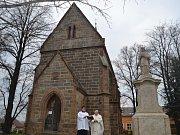 Radimští se sešli na svěcení sochy