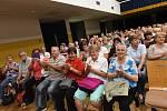 Z koncertu kapely Veselá trojka vMěstském společenském domě v Kolíně.