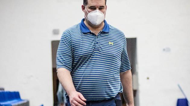Nepostradatelný. Michal Novák vede tým lidí, kteří zajišťují bezproblémový chod basketbalových zápasů