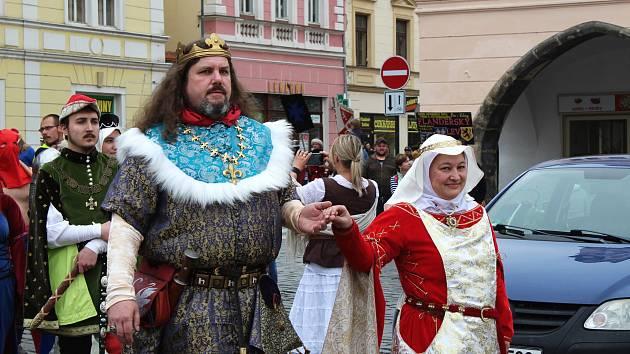 Karlovo náměstí se proměnilo v dějiště historických bitev.