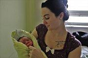 Adriana Dvořáková se narodila 2. května 2017. Vážila 3570 gramů a měřila 51 centimetrů. Společně s maminkou Nicole a tatínkem Petrem bude vyrůstat v Kutné Hoře.
