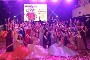 Z maturitního plesu kolínského gymnázia.