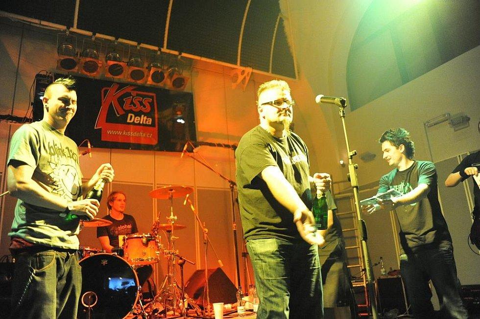 Kiss Delta Fest