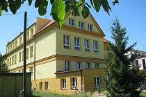 Základní škola v Cerhenicích