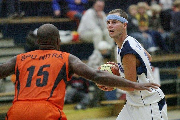 Basketbalisté Kolína poslední přípravné domácí utkání na novou sezonu v Mattoni NBL zvládli. Zdolali slovenskou Nitru jasně 100:58.