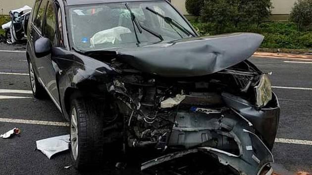 Dopravní nehoda v obci Břežany I v pátek 27. září 2019.