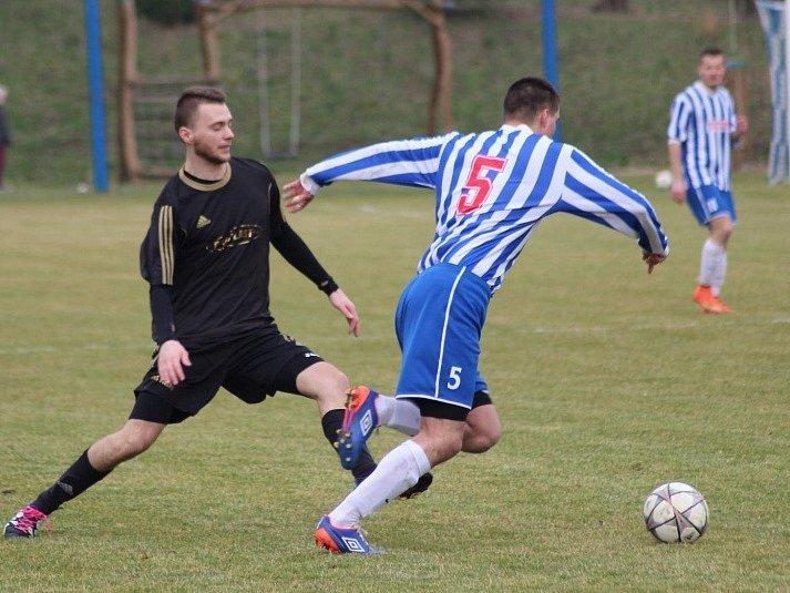 Z utkání Polepy - Čelákovice (3:2).