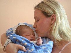 Ondřej Stehlík se prvně podíval na maminku Martinu a tatínka Tomáše 4. listopadu 2014. Po narození měřil 50 centimetrů a vážil 3575 gramů. Rodiče se ze svého prvorozeného radují v Zásmukách.