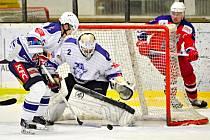 Hokejisté Kolína si v dalším kole druhé ligy poradili s Havlíčkovým Brodem (3:2).