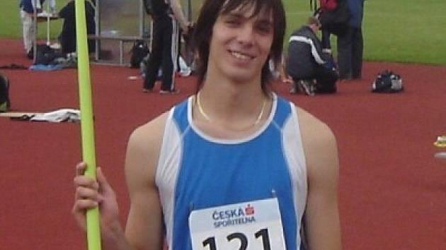 Pavel Peňáz dosáhl životního výkonu. Hodem 69,29 m získal stříbrnou medaili.
