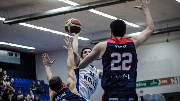 Z utkání BC Kolín - Brno (75:80).