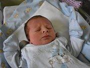 Vojtěch Rohlík se narodil 22. března 2017. Jeho poporodní míry byly 50 centimetrů a 3125 gramů. Maminka Lenka a tatínek Lukáš si svého prvorozeného odvezli do Církvice u Kutné Hory.