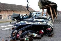 Semdesátiletý jezdec na babetě nedal přednost v jízdě vozidlu