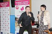 Vlaďka Dohnalová se svými hosty pozvala Kolíňáky na kulturní kafíčko
