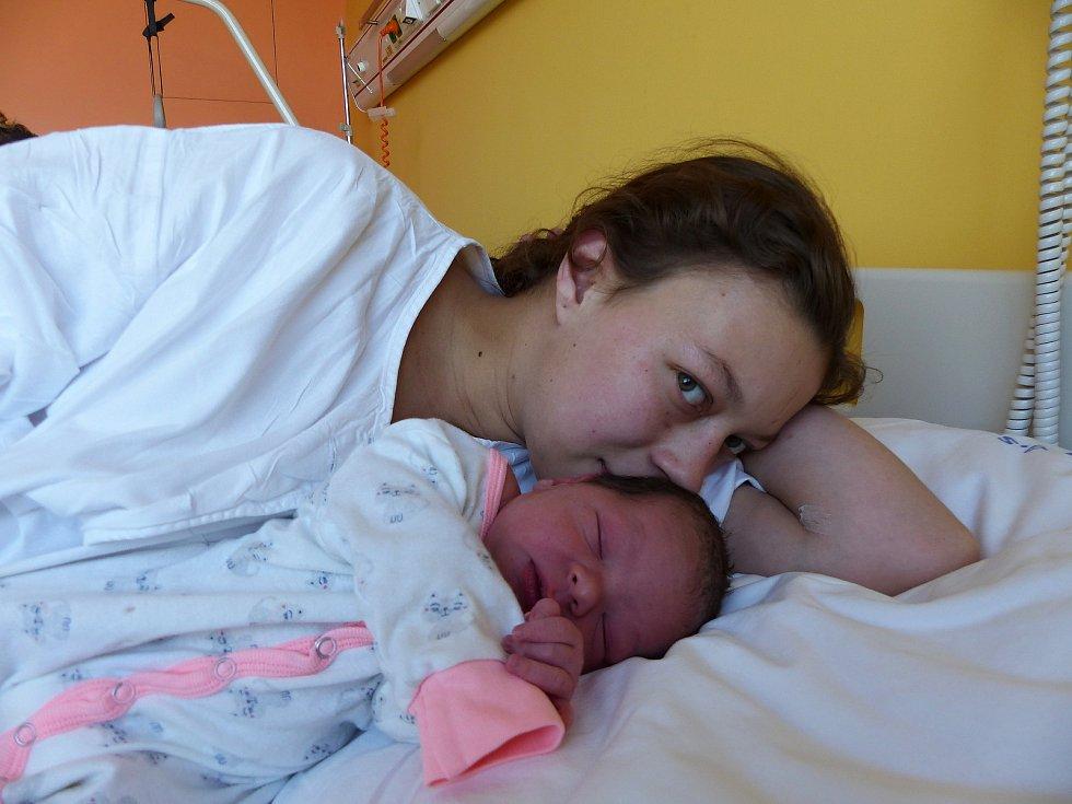 Veronika Šarounová se narodila 28.11.2018, vážila 3520 g a měřila 49 cm. V Českém Brodě ji přivítá maminka Marie a tatínek Lukáš.