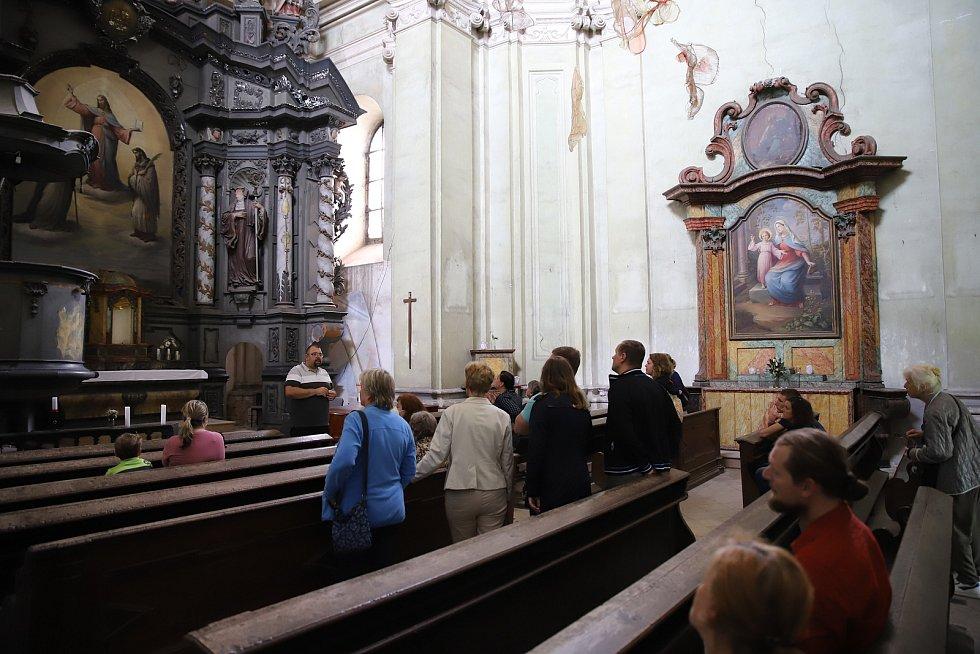 Z prohlídky kostela sv. Havla ve Štolmíři.