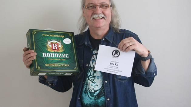 Zdeněk Hejduk získal karton piv značky Rohozec a poukázku v hodnotě 100,-Kč do kolínské kavárny Kristián.