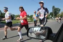 Z 53. ročníku populárního běhu Kolín - Velký Osek - Kolín.