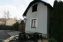 V Břežanech II hořelo podkroví.