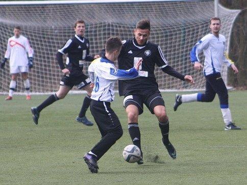 Z přípravného utkání FK Kolín - Neratovice (3:4).