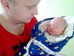 Rastislav Zámečník se narodil 10. října 2013. Pyšnil se váhou 2940 gramů a mírou 47 centimetrů. Maminka Anna a tatínek Rastislav svého syna vychovávají v Kolíně.