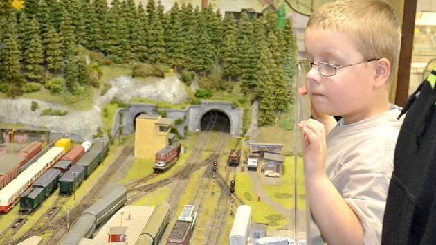 Výstava železničních modelů v Pečkách
