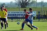 Z utkání Dobrovice B - Velim (2:0).