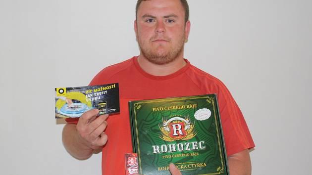 Vítězem 9. kola Fortuna Tip ligy se stal Miroslav Tuček, který získal poukázku od Fortuny v hodnotě 100 korun, dále upomínkový předmět od FAČR a karton piv značky Rohozec.