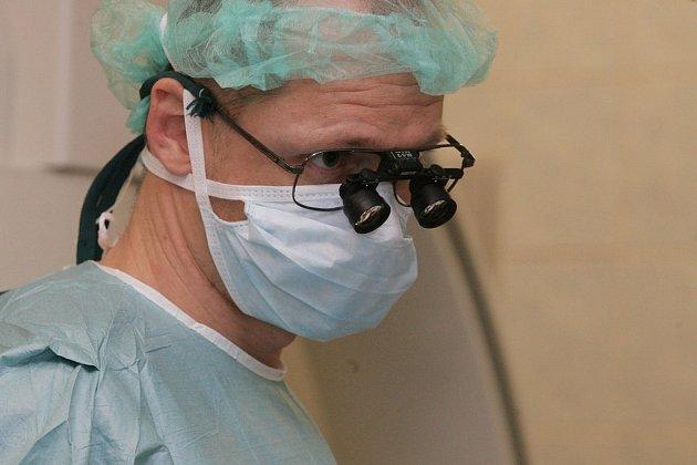 První operací svého druhu ve středních Čechách byl právě v kolínské nemocnici nedávný složitý zákrok na břišní aortě.
