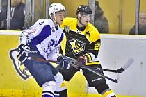 Hokejisté Kolína vyhráli v Moravských Budějovicích 2:1.