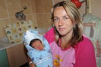 Osmiletý Patrik a dvanáctiletý Petr se doma v Kolíně radovali z narození bratříčka Daniela France, který přišel na svět 16. července s váhou 2 830 gramů a výškou 48 centimetrů. O všechny kluky se stará maminka Milena.
