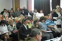 Na kolínském zastupitelstvu se jednalo o prodeji městských bytů. 23.3. 2009