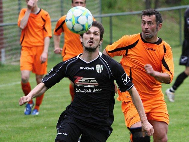 Z utkání Třebovle - Milovice (3:2).