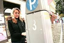 Parkování v Kolíně je problém, bez drobných se neobejdete!