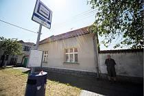 Autobusová zastávka Sendražice - Jednota.