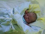 Adam Sixta se narodil 25. ledna 2018 mamince Adéle. Měřil 50 cm a vážil 3280 gramů. Rodiče Adéla a Michal ho budou vychovávat v Kolíně.