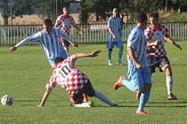 Z utkání Jestřabí Lhota - Jevany (0:1).