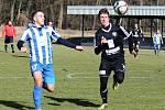Z přípravného utkání FK Kolín - Dobrovice (0:0).