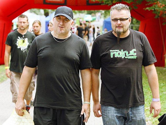 ORGANIZÁTOŘI festivalu Natruc Aleš Bureš a Martin Řehoř (zleva) zavzpomínali na začátky.