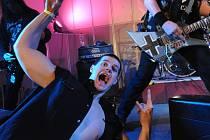 Příznivci tvrdé muziky si užili pořádný nářez