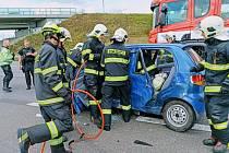 Dopravní nehoda na obchvatu Kolína ve středu 2. září 2020.