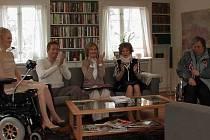 Kurz negativního myšlení promítá dnes letní kino v Kolíně
