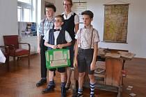 Výstava o školství na Vyžlovce