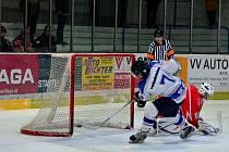 Z utkání II.NHL: Kolín - Pelhřimov (7:6 sn).