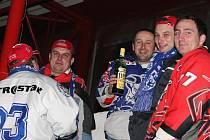 Kdo byl v neděli fandit kolínským hokejistům proti Sokolovu? Poznáte sebe, nebo známé či sousedy?