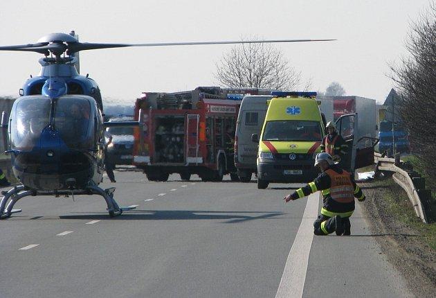 Smrtelná dopravní nehoda u Kolína. 3.4. 2009
