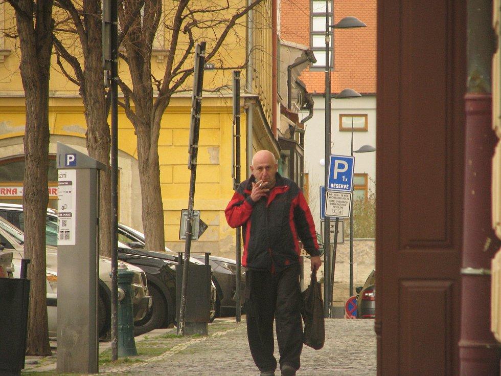 Chladný, sychravý a větrný začátek jara v Kolíně.